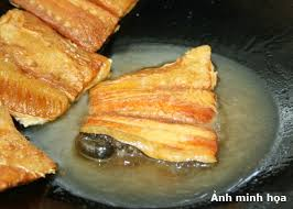 Cái phồng của da cá là nét duyên riêng của món này, làm nên danh giá của nó.