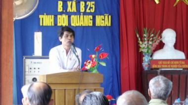 Thầy Trọng tại một buổi lễ kỷ niệm bệnh xá của Tỉnh đội Quảng Ngãi năm 2005 – Ảnh tư liệu