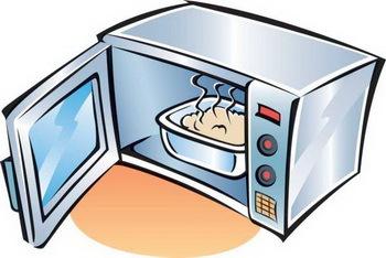 Nên dùng hộp, tô thủy tinh hay bằng sứ, và hạn chế tối thiểu dùng hộp nhựa để hâm nóng thức ăn trong lò vi sóng